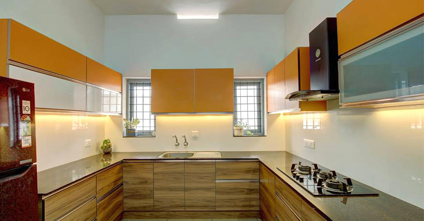 colonial-home-perumbavur-kitchen