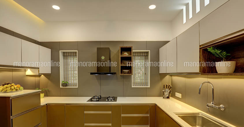 minimal-home-kayamkulam-kitchen