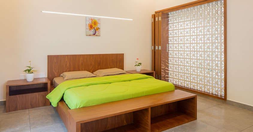 white-mahal-perumbavur-bed