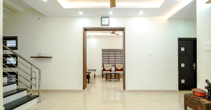 renovated-home-valanchery-hall