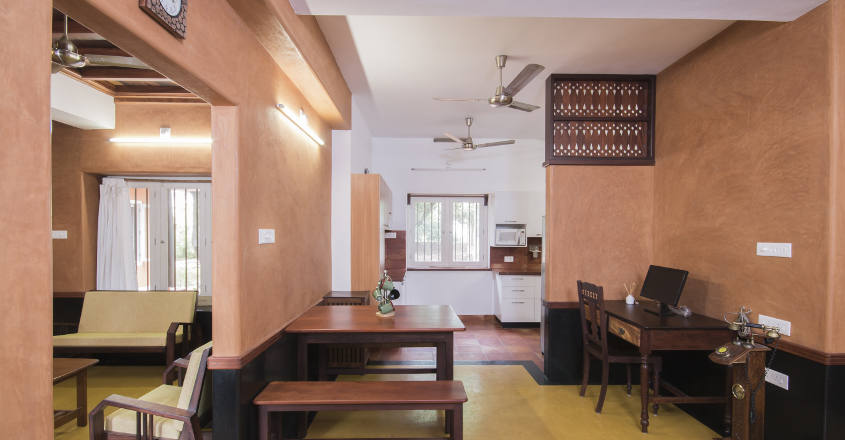 mud-house-thrissur-hall