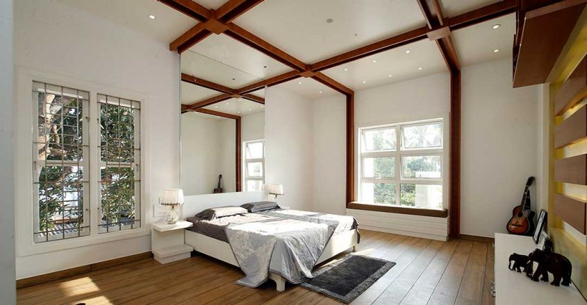 colonial-white-house-uduppi-bedroom