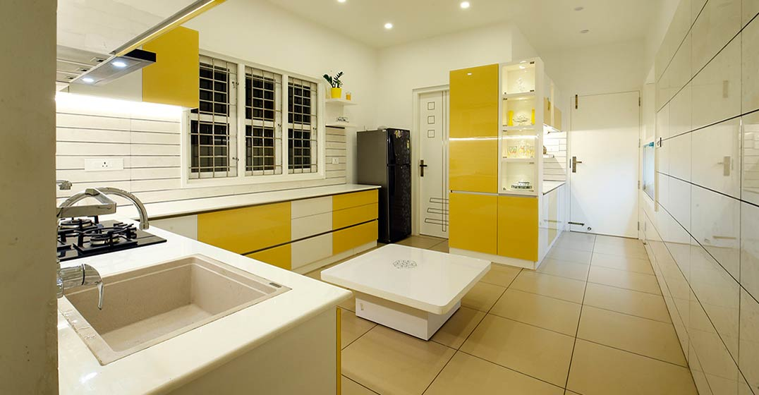 colonial-white-house-uduppi-kitchen