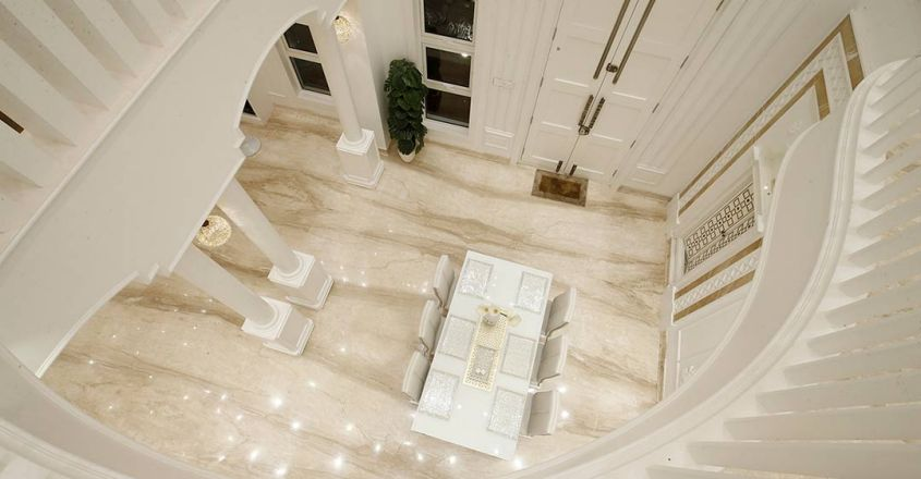 colonial-white-house-uduppi-stair
