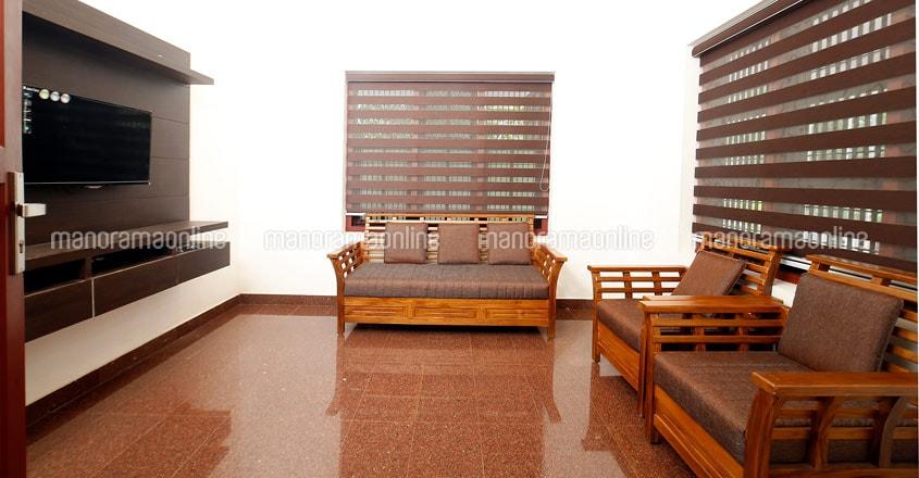 renovated-house-vadakara-living