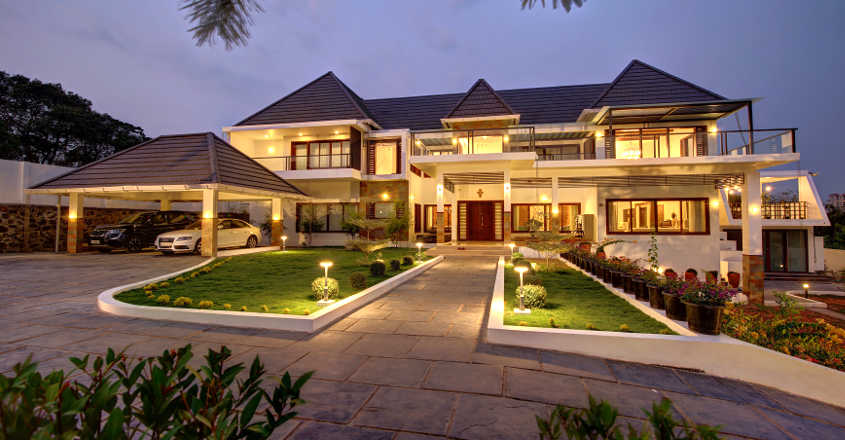 luxury-house-kakkanad