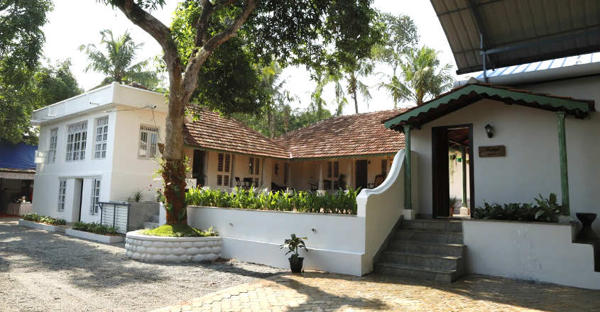 150-year-old-house-adoor-view