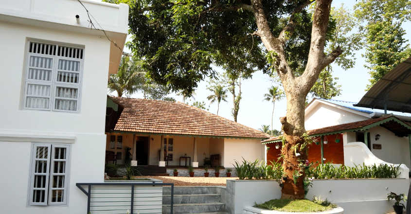 150-year-old-house-adoor