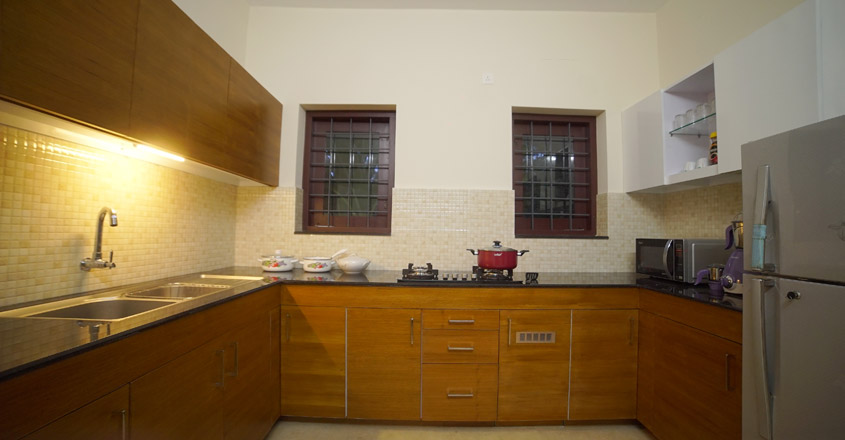 minimal-house-kollam-kitchen