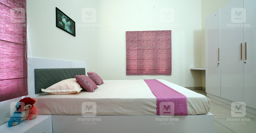 middle-class-house-manjeri-bed