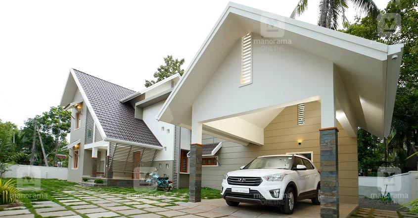middle-class-house-manjeri-front