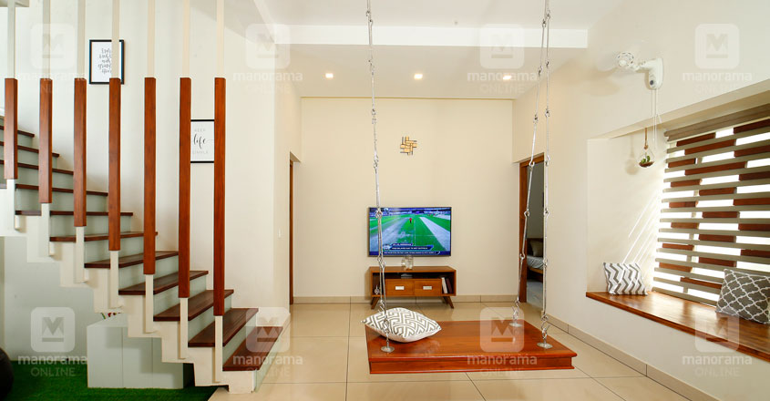 middle-class-house-manjeri-stair
