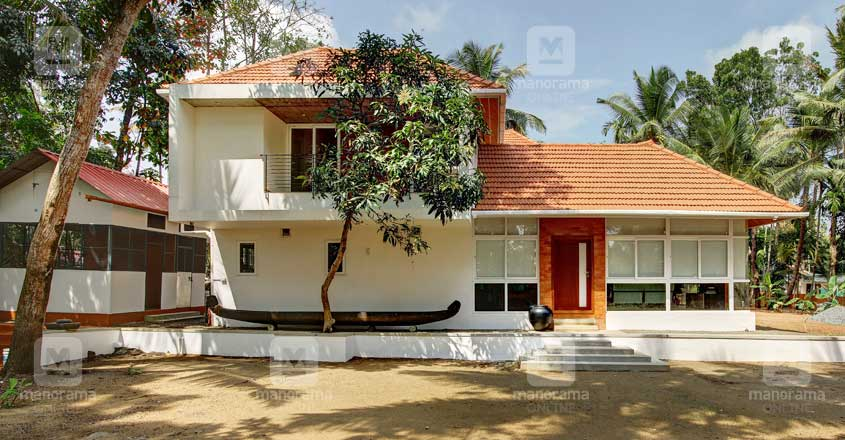 architect-own-house-kavalam