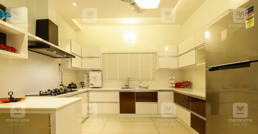 functional-home-perinthalmanna-kitchen