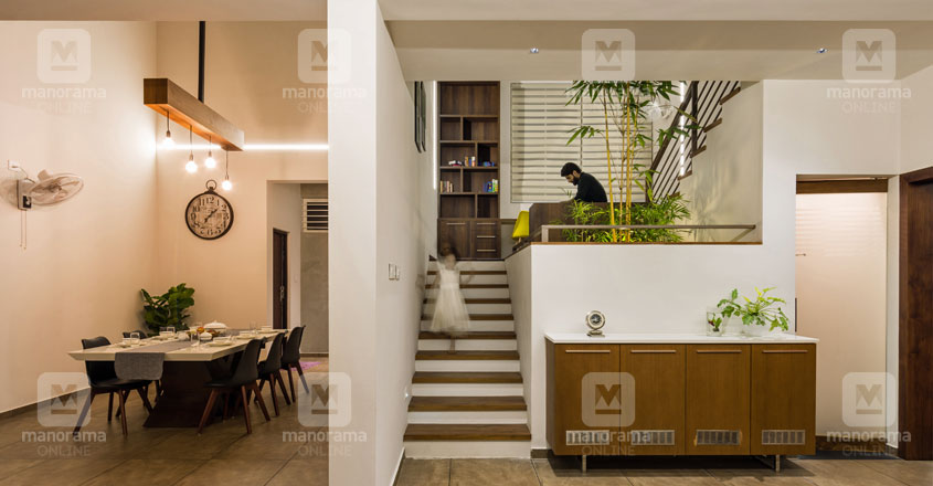 minimal-house-thrissur-stair