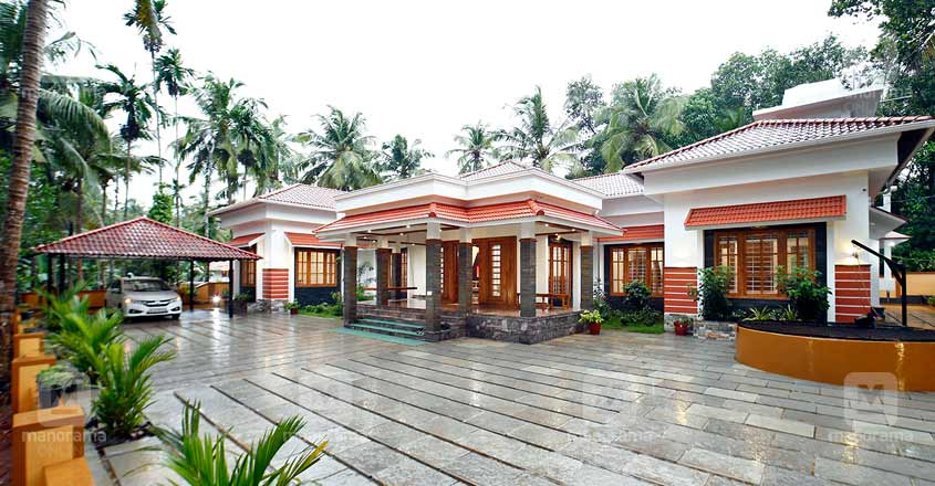 single-storeyed-house-Kunnamangalam