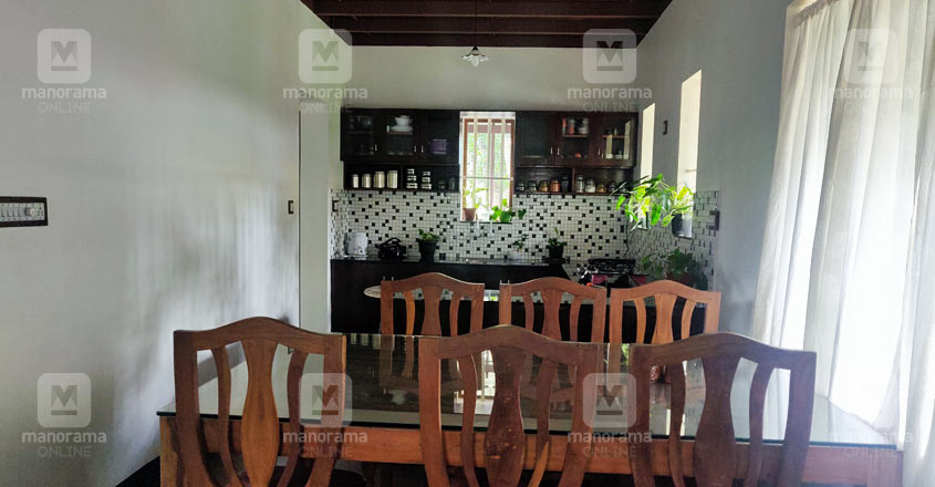 traditional-home-aluva-dine