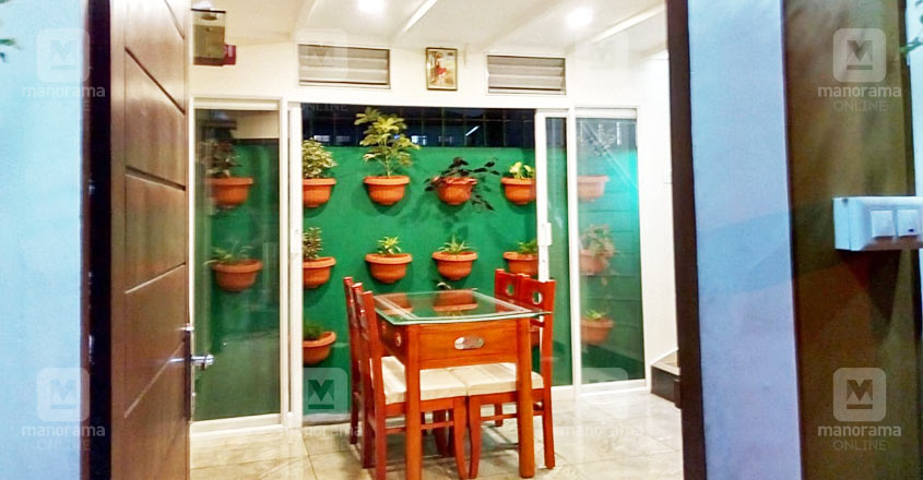 half-cent-home-vertical-garden