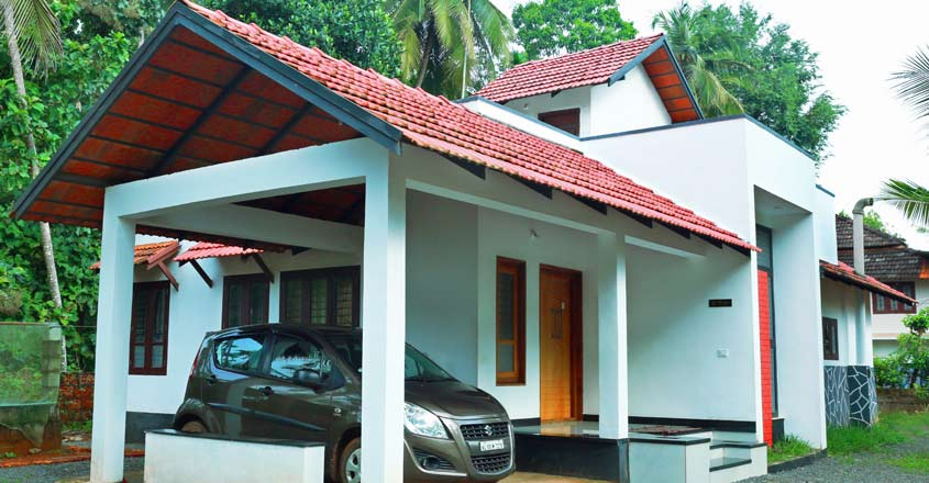 19-lakh-home-malappuram-porch