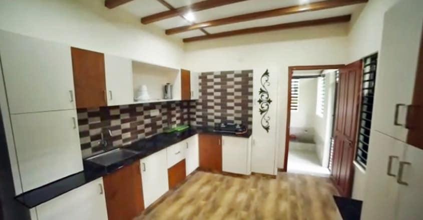 9-lakh-house-tirur-kitchen