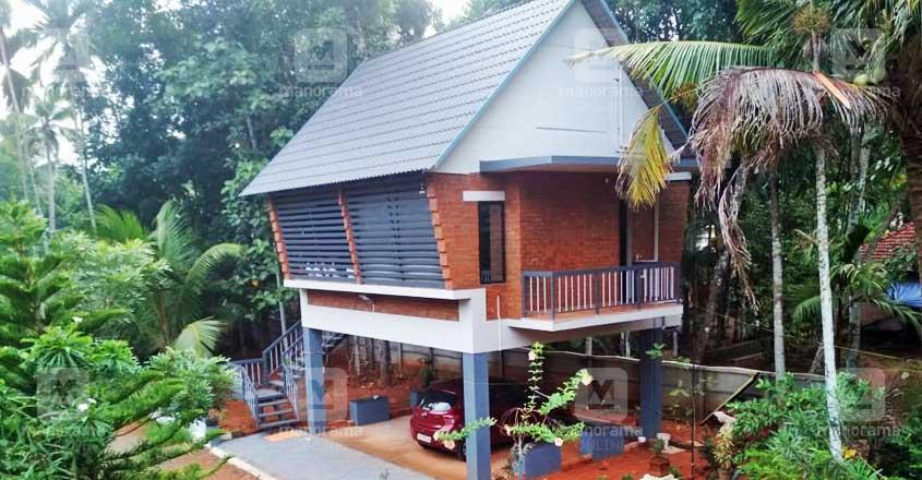 12-lakh-stilt-house-kottayam-view