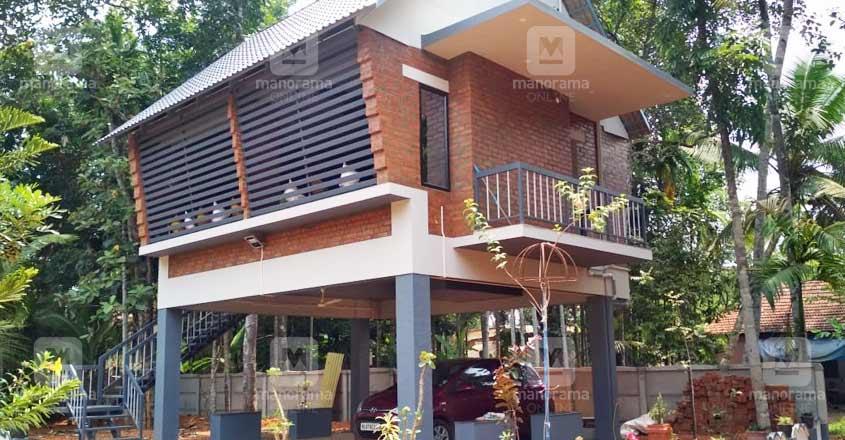 12-lakh-stilt-house-kottayam