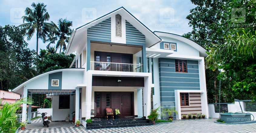 small-plot-big-house-angamaly