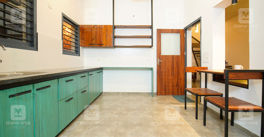 architect-own-house-thrissur-kitchen