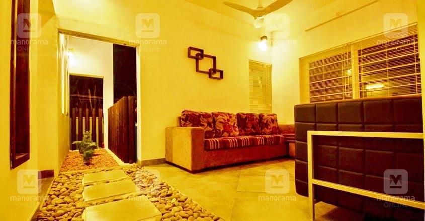 jali-house-kottayam-living