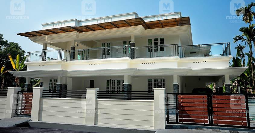 rebuilt-house-ernakulam-exterior
