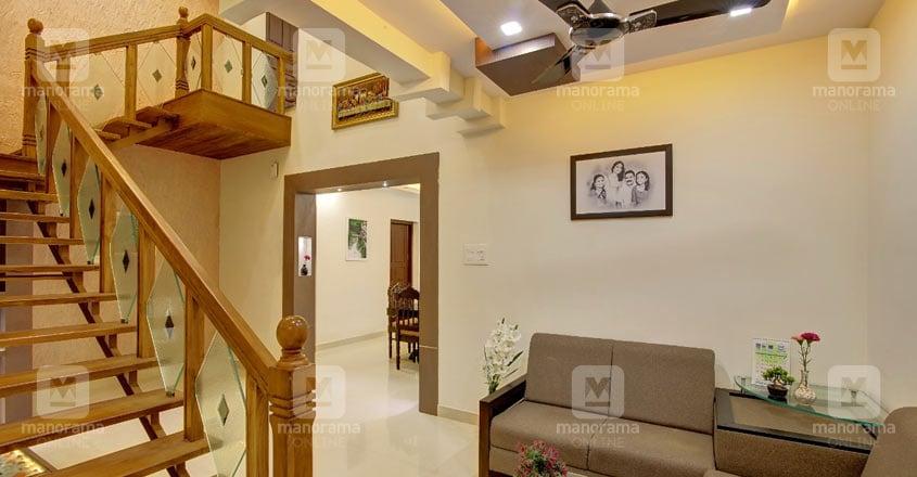 renovated-house-pandalam-stair