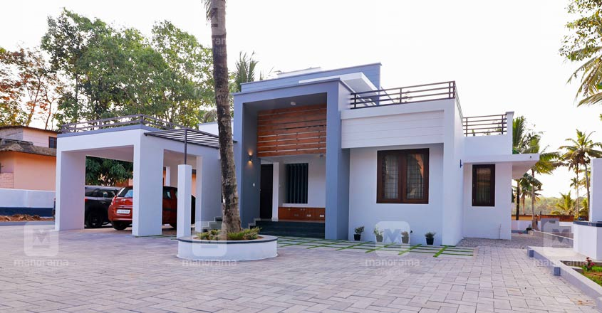 minimal-cute-house-adoor