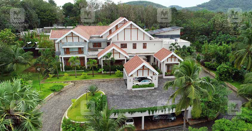 luxury-green-house-mangad
