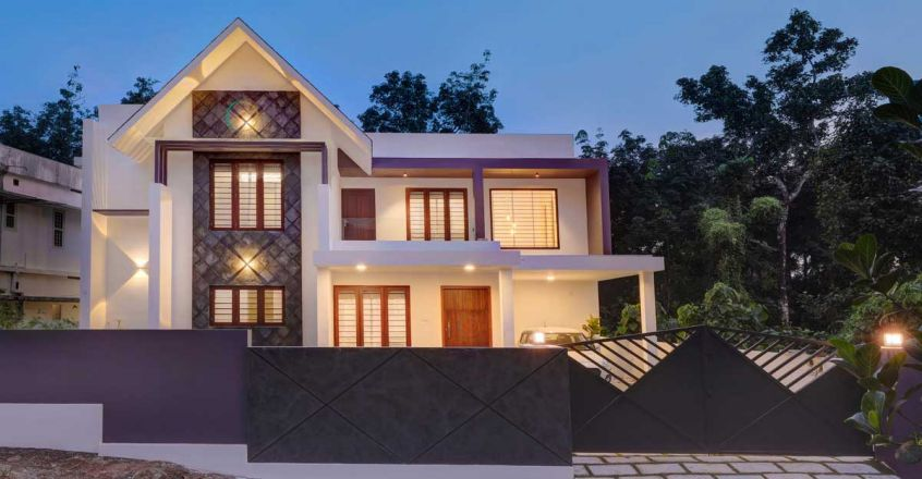 it-family-house-kochi-night