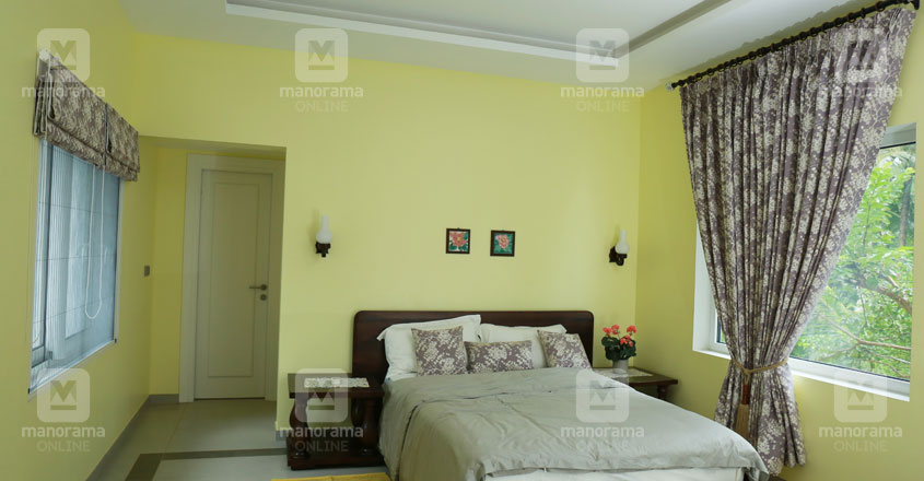 minimal-house-vadakara-bed