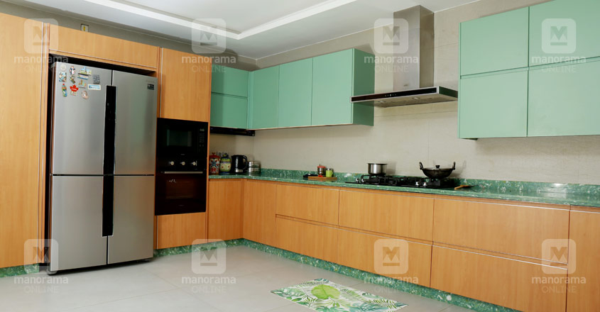 minimal-house-vadakara-kitchen