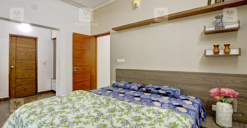 small-plot-house-tripunitura-bed