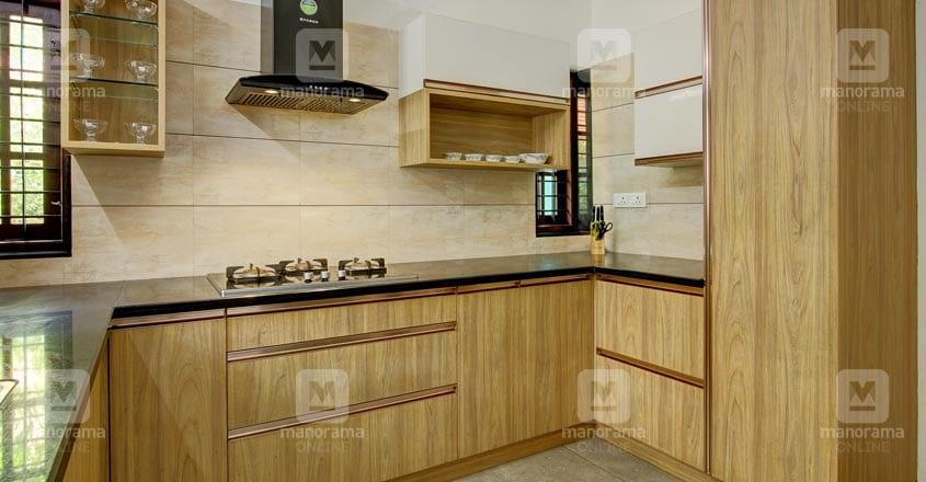 small-plot-house-tripunitura-kitchen