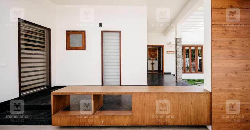 cherai-house-shoe-rack