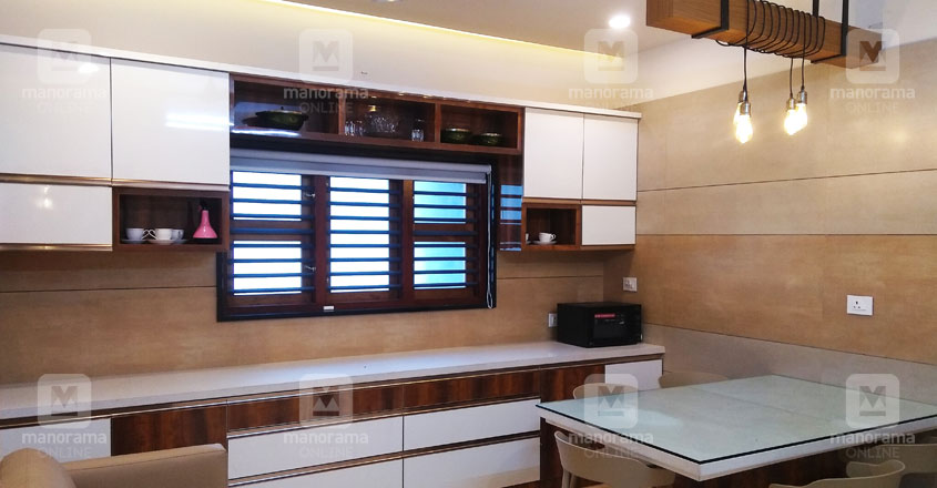 traditional-home-kitchen-kannur