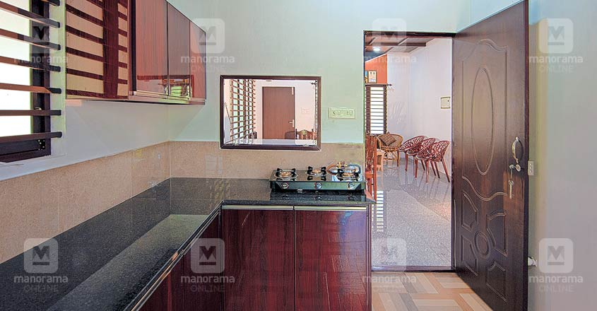 13-lakh-house-harippad-kitchen