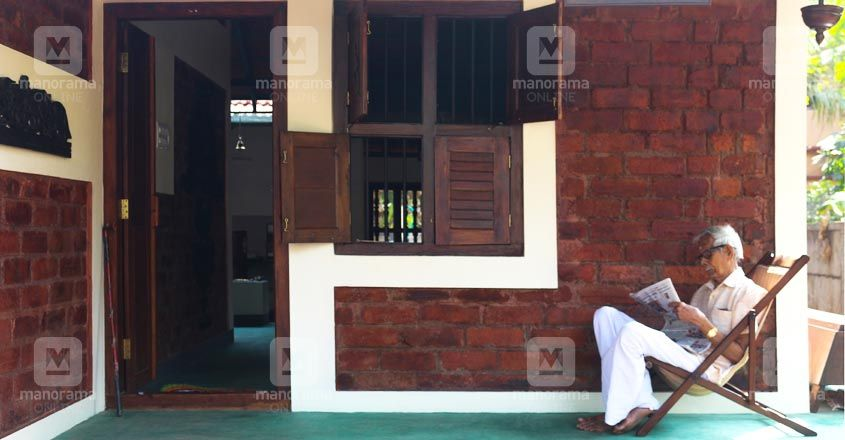 10-lakh-home-thrissur-sitout