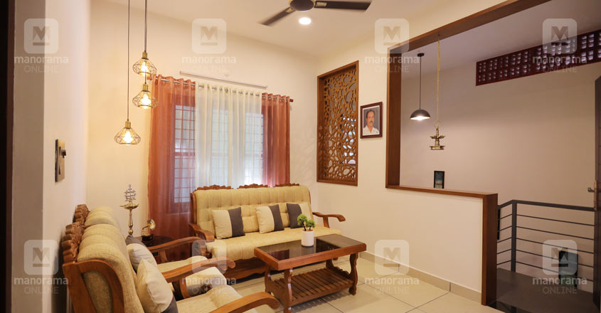 unique-home-pathanathitta-living