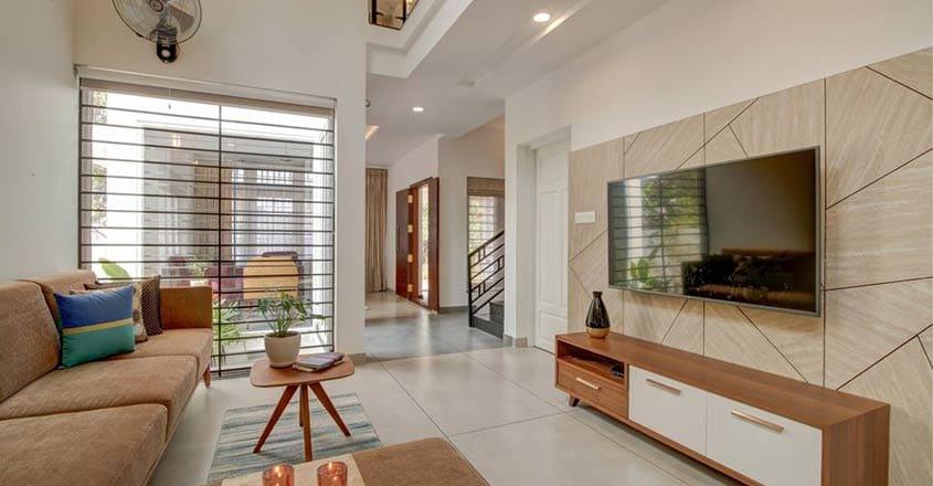5-cent-house-kangarapadi-family-living