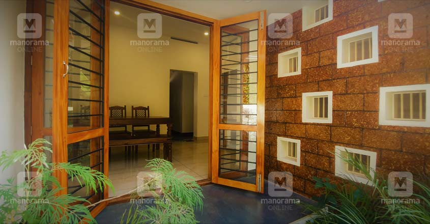 22-lakh-home-tvm-patio