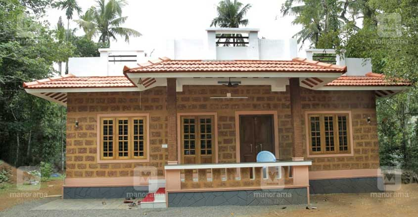 14-lakh-house-chalakudi-view