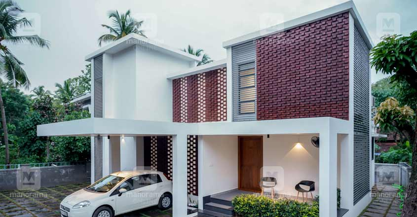 luxury-house-kottakal-side