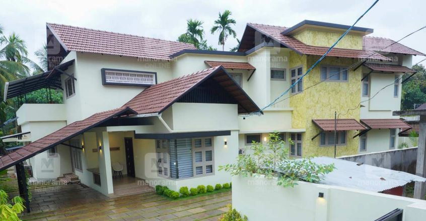 ponnani-plot-house