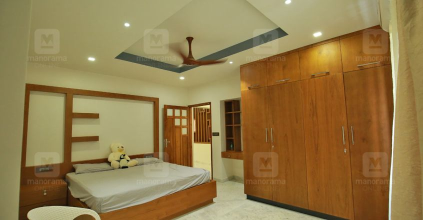 firos-house-punalur-bed