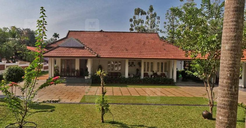 traditional-home-puthupally-exterior